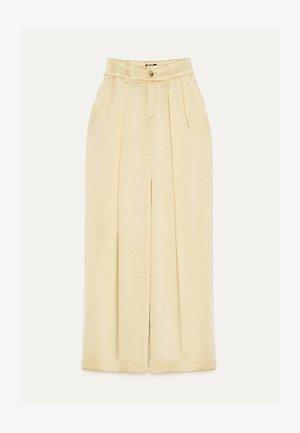 MIT WEITEM BEIN  - Kalhoty - yellow