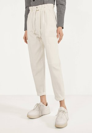 PAPERBAG-HOSE  - Trousers - white