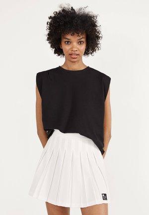 Veckad kjol - white
