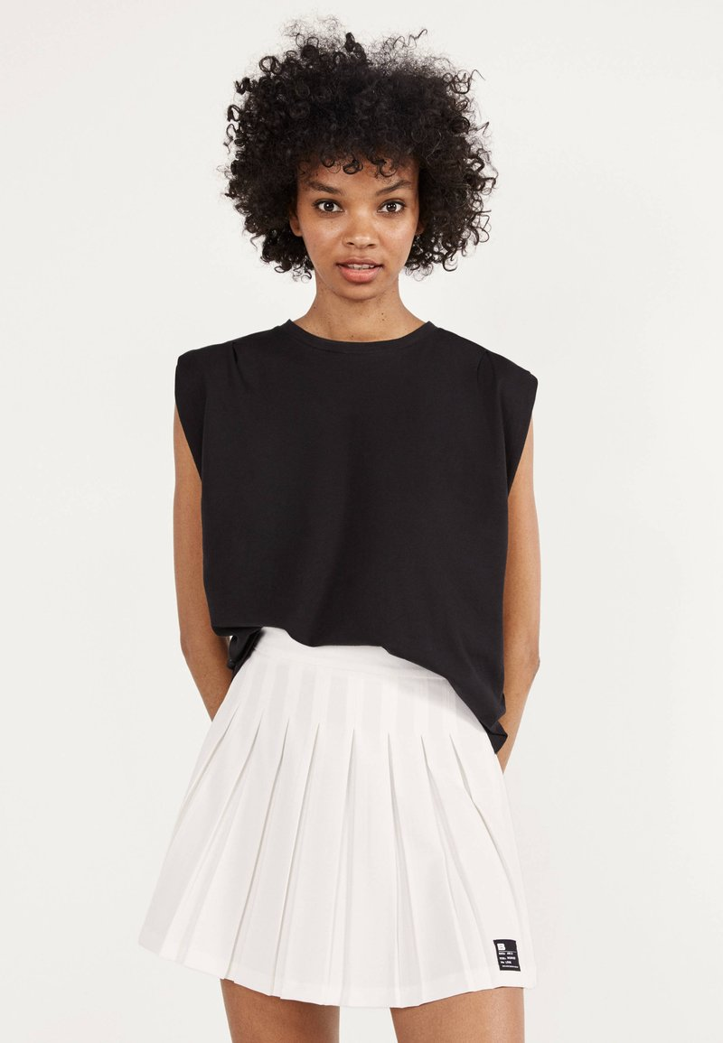 Bershka - Pleated skirt - white