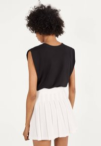 Bershka - Pleated skirt - white - 2