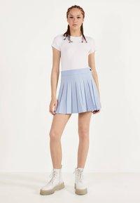 Bershka - Plisovaná sukně - light blue - 1