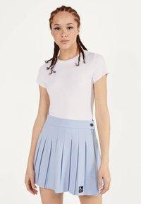 Bershka - Plisovaná sukně - light blue - 0