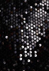 Bershka - MIT SCHLEIFE  - Sukienka koktajlowa - black - 4