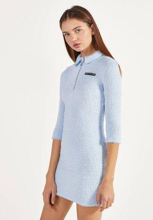 KURZES KLEID AUS KUNSTPELZ 00512492 - Korte jurk - multi-coloured