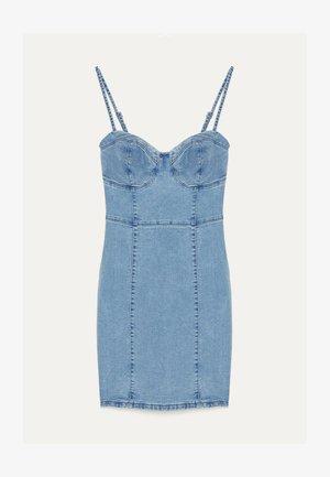 MIT TRÄGERN  - Vestito di jeans - blue denim