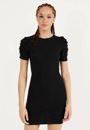 MIT BALLONÄRMELN  - Sukienka etui - black