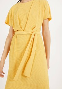 Bershka - MIT GÜRTEL  - Day dress - mustard yellow - 3