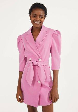 MIT BALLONÄRMELN - Košilové šaty - pink