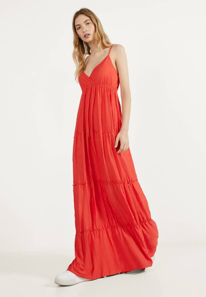 Bershka - MIT TRÄGERN - Maxi dress - red
