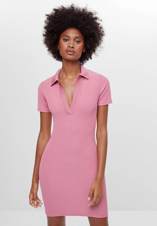 Sukienka etui - multi-coloured
