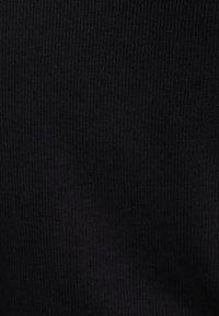 Bershka - T-SHIRT MIT BALLONÄRMELN 07224231 - Långärmad tröja - black - 3