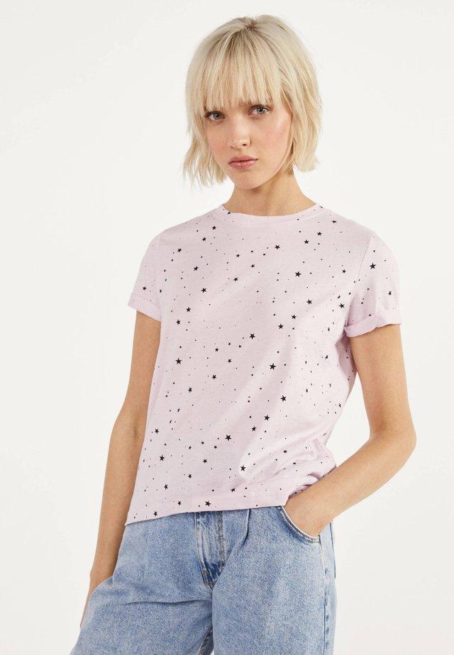 T-SHIRT 02428443 - T-shirt con stampa - pink