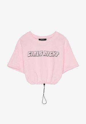 BEDRUCKTES SAMT-SHIRT - T-shirt con stampa - pink