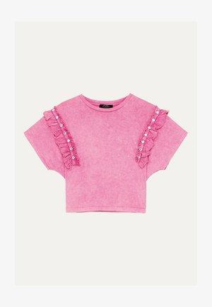 MIT VOLANTS UND STRASS 01995492 - T-shirt imprimé - neon pink