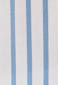 Bershka - MIT PRINT  - Overhemdblouse - light blue - 4
