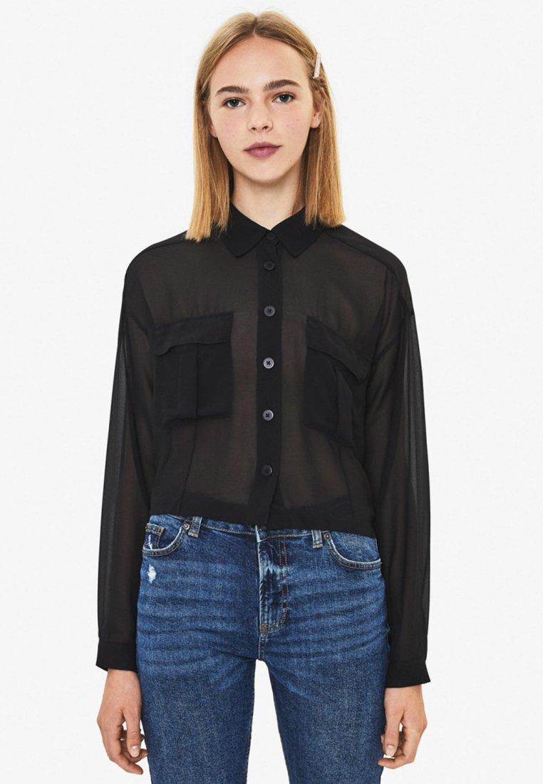 Bershka - MIT TASCHEN  - Overhemdblouse - black