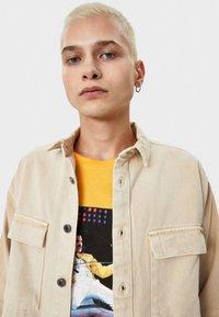 Bershka - Overhemd - beige - 3