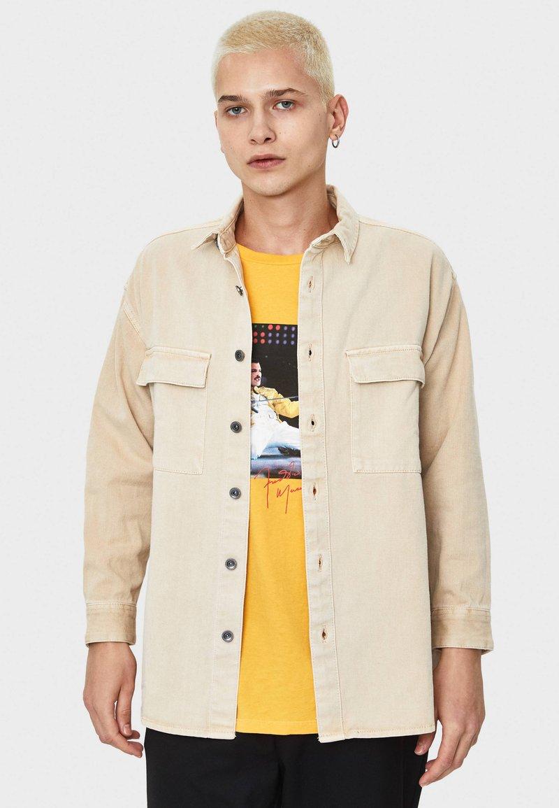Bershka - Overhemd - beige