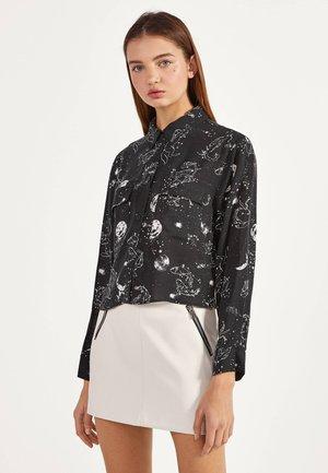 HEMD MIT PRINT 00787619 - Button-down blouse - black