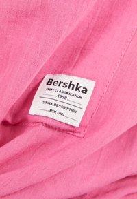 Bershka - MIT ZIERKNOTEN VORNE - Skjorta - pink - 5