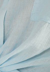 Bershka - MIT ZIERKNOTEN VORNE - Košile - blue - 4