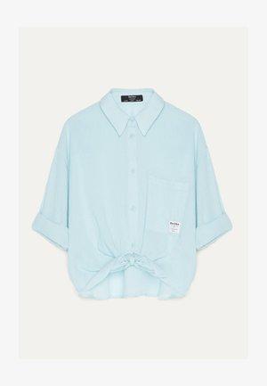 MIT ZIERKNOTEN VORNE - Košile - blue