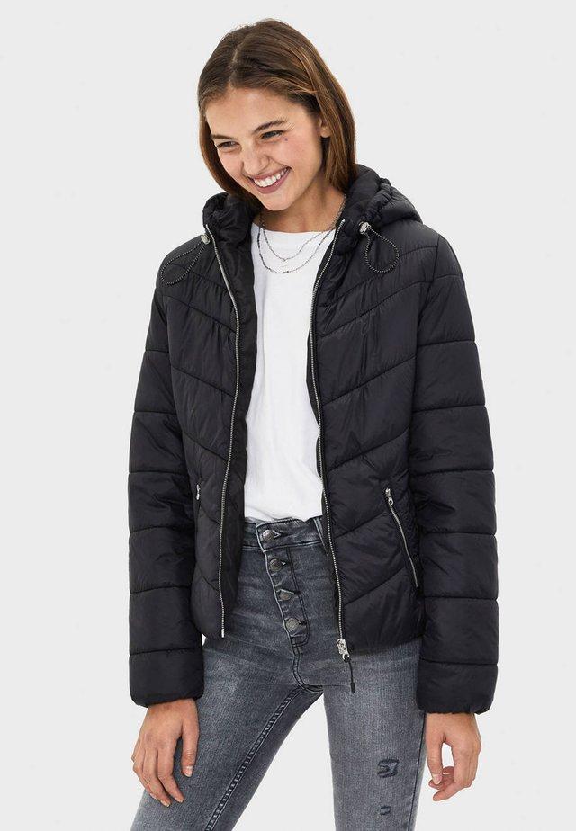 STEPPJACKE MIT KAPUZE 06210644 - Winter jacket - black