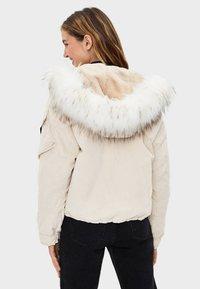 Bershka - Winter jacket - offwhite - 2