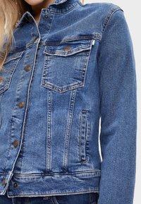 Bershka - Kurtka jeansowa - light blue - 3