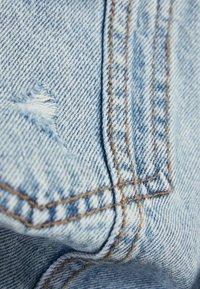 Bershka - OVERSIZE-JEANSJACKE 01110335 - Kurtka jeansowa - blue - 5
