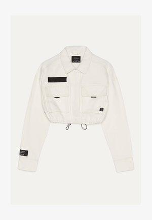 IM UTILITY-STIL - Denim jacket - white