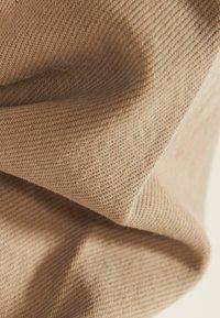 Bershka - IM UTILITY-STIL - Denim jacket - beige - 4