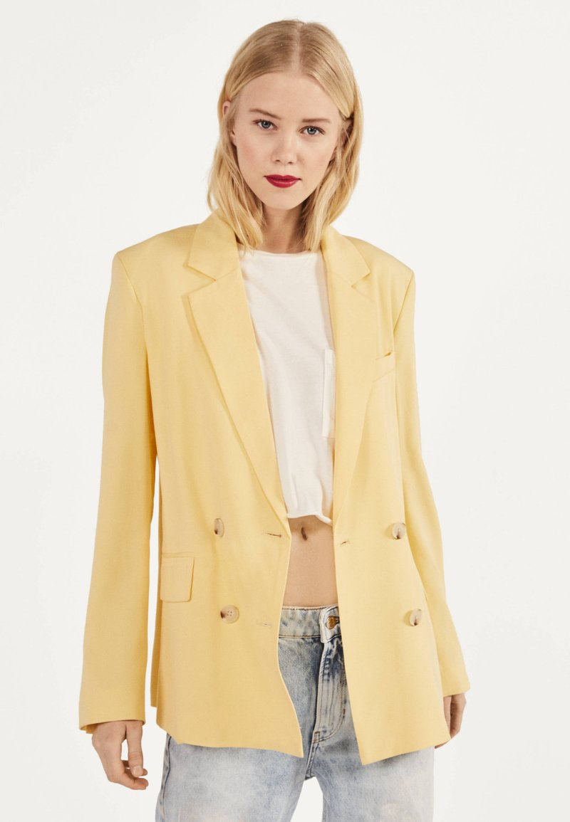 Bershka - Blazer - yellow
