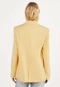 Bershka - Blazer - yellow - 2
