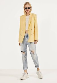 Bershka - Blazer - yellow - 1