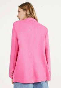 Bershka - Blazer - neon pink - 2