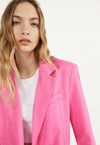 Bershka - Blazer - neon pink - 3