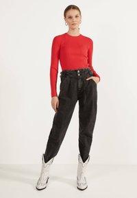 Bershka - Sweter - red - 1