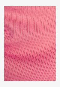 Bershka - MIT ZIERKNOTEN - Printtipaita - pink - 1