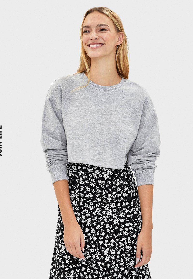 Bershka - Sweater - light grey