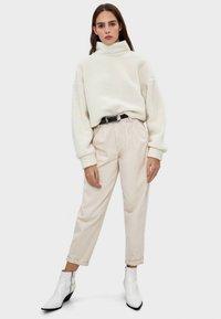 Bershka - Fleece jumper - white - 1