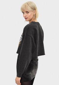 Bershka - Sweater - black - 2