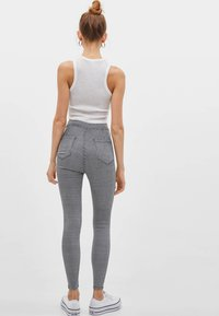 Bershka - Jeans Skinny Fit - white/black - 1