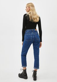Bershka - Jeansy Relaxed Fit - blue - 2