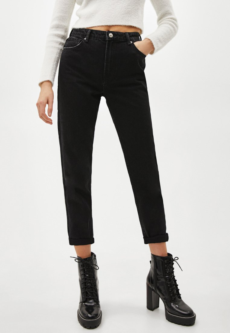Bershka - Jeansy Relaxed Fit - black