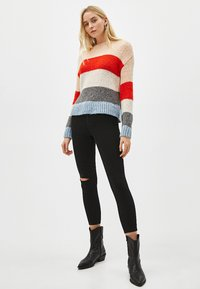 Bershka - Jeans Skinny Fit - black - 3
