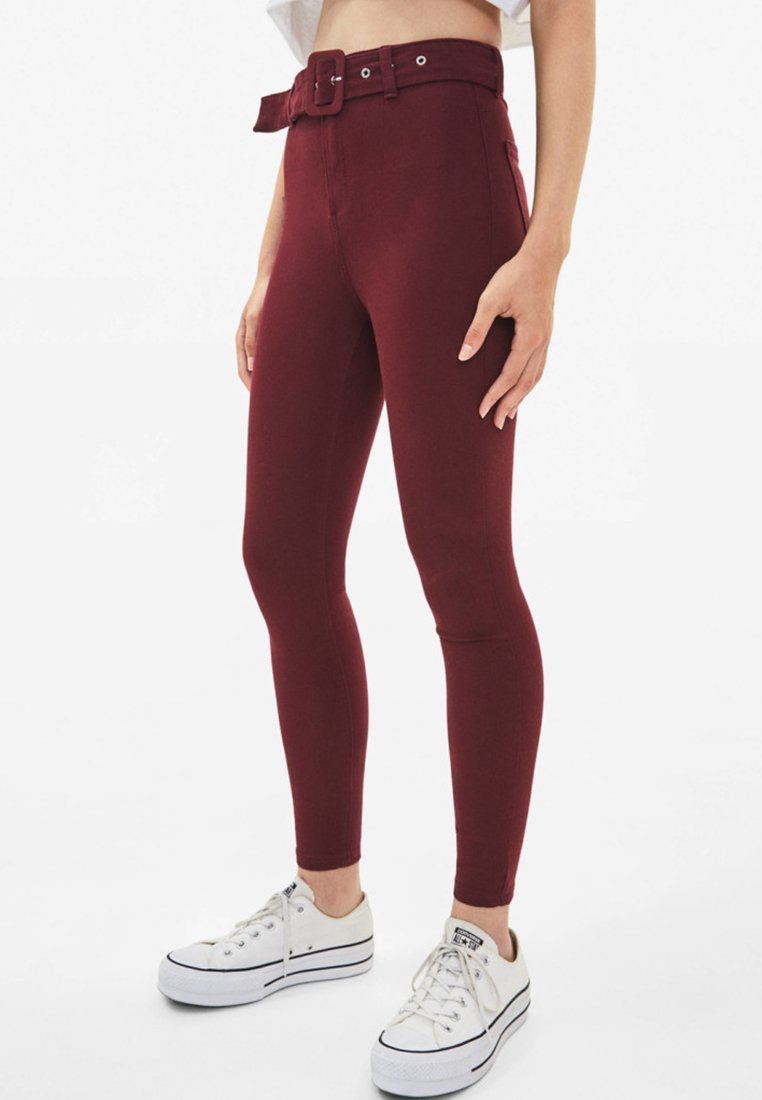 Bershka - Jeggings - bordeaux