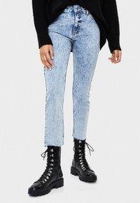 Bershka - Jeans Slim Fit - blue - 0