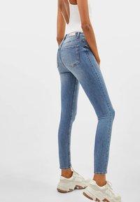 Bershka - Jeans Skinny Fit - blue denim - 2